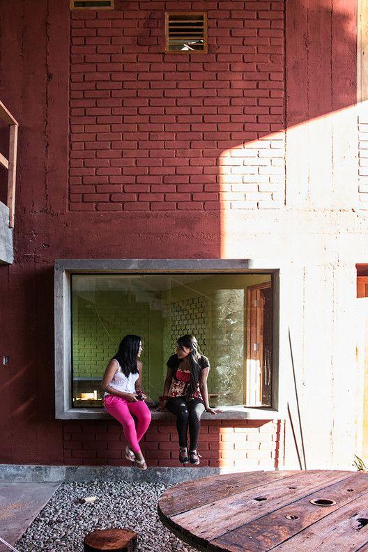 Galeria De Escuela Secundaria Santa Elena Paulo Afonso Marta Maccaglia Ignacio Bosch Borja Bosch 23 In 2020 Secondary School Paulo Bosch
