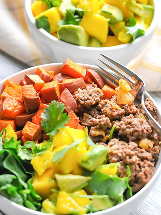Whole30 whole30 dinner recipes and bowls on pinterest for Dinner ideas with ground beef and potatoes
