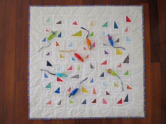{Mouse Meeting} quilt by Teje