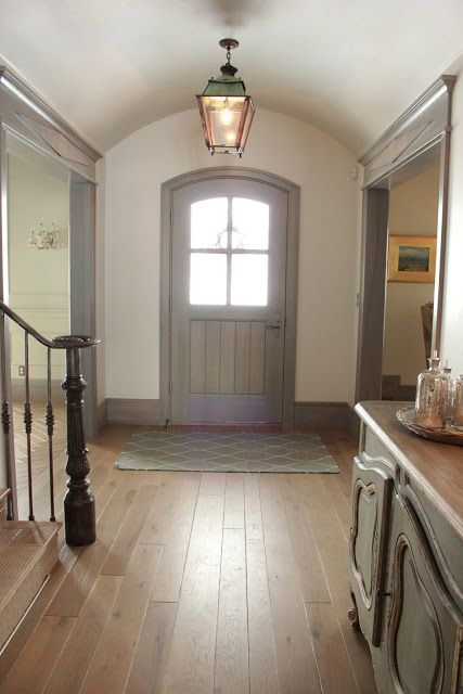 Light Wall Paint With Dark Trim : Oh how I love grey trim with white walls! Cutie House Ideas Pinterest Light walls, Entry ...