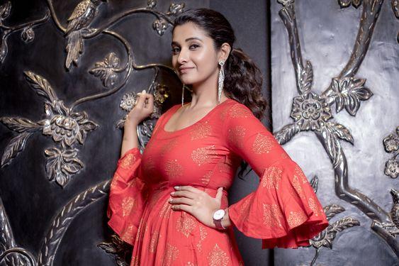 Actress Priya Bhavani Shankar Photoshoot  – 2019