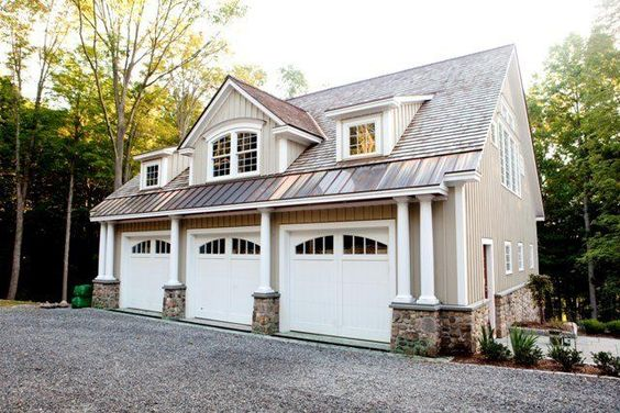 Carriage house yankee barn homes and barn homes on pinterest for Garage built homes