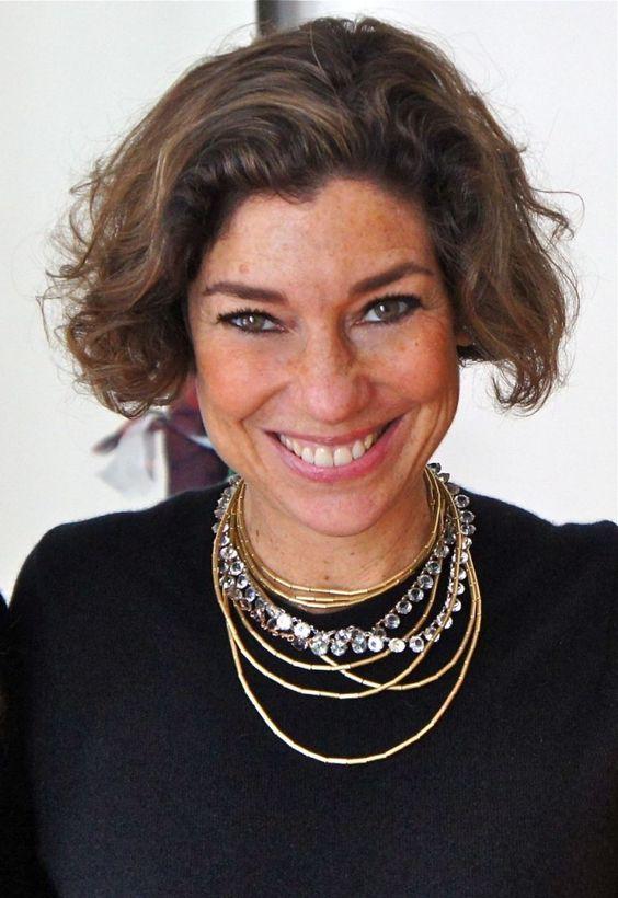 Consuelo Blocker prova que os 50 anos são os novos 30 | Waufen