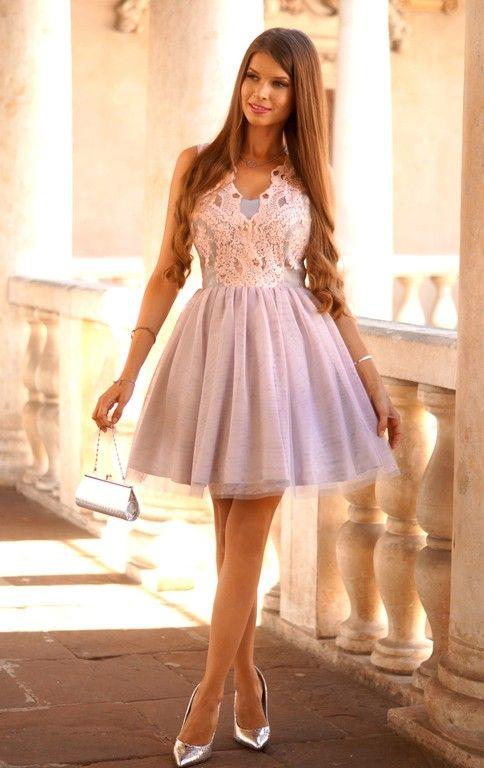 Honey Tiulowa Sukienka Z Gipiura Pudrowo Szara Elegant Dresses Hot Dress Pretty Dresses