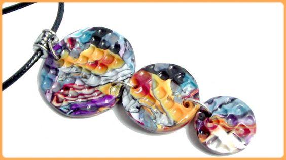 http://www.alittlemarket.com/collier/collier_pendentif_fimo_noir_et_multicolore_orlane_-5837361.html