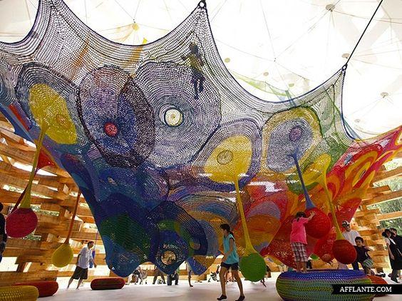 Interactive_Crocheted_Playgrounds_Toshiko_Horiuchi-McAdam_afflante_com_7