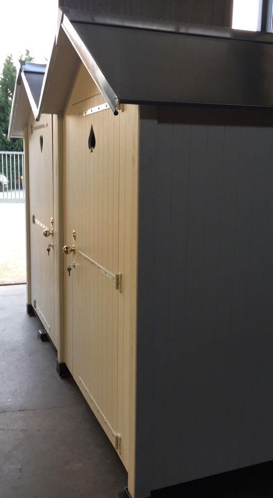 Fabrication 100 Francaise De Cabines De Plage En Bois En Kit De Qualite Modele Presente Cabine Double Jumele En Facade Acces Pmr En 2020 Cabine De Plage Plage Bois
