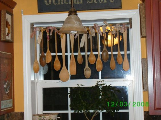 Wooden spoons spoons and valances on pinterest for Cute country kitchen ideas