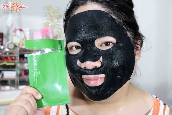 wearing tea tree mask Naruko