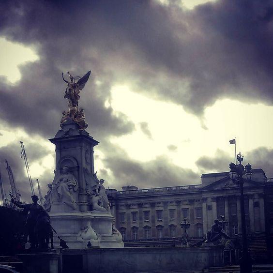 #London#Buckinghampalace by francesconlon