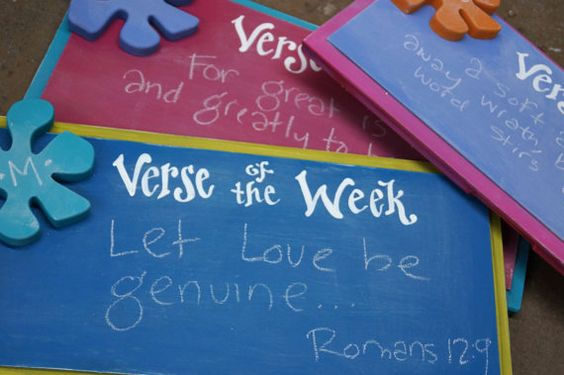 Cutest ever verse boards!! Memorize your verse of the week in colorful style!!!  Verse of the Week Chalkboard  Brightly Shine by kijsa on Etsy