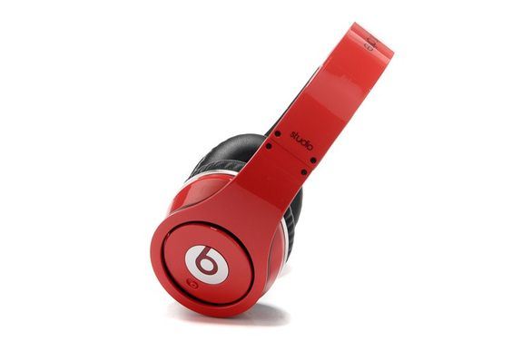 2013 Red Beats by Dr. Dre Studio RED AND BLACK <3