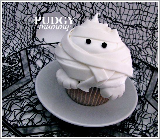 DIY: Pudgy Mummy Cupcakes: Halloween Idea, Cupcakes Food, Cupcake Ideas, Halloween Cupcakes, Cup Cake, Mummy Cupcakes, Cupcakes Halloween, Cupcakes Step