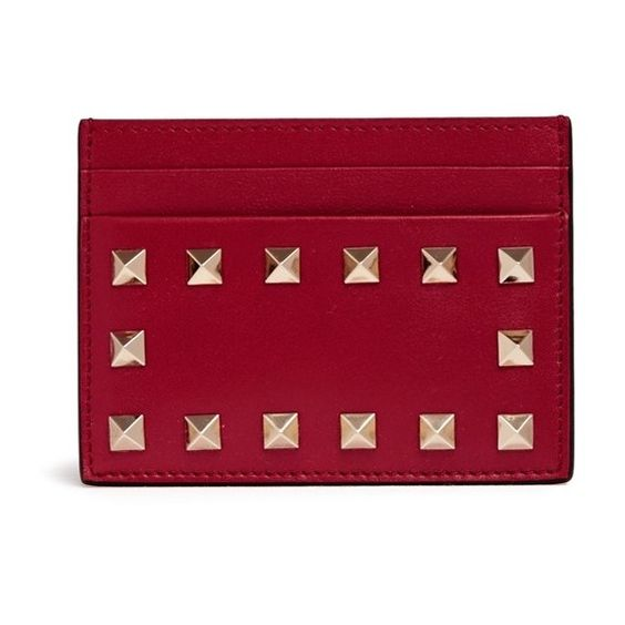 Valentino 'Rockstud' leather card holder (855 BRL) ❤ liked on Polyvore featuring bags, wallets, red, leather card case wallet, valentino wallet, 100 leather wallet, punk wallet and red bag