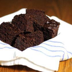Chocolate Banana Snack Cake is easy to make, moist, chocolatey and gluten free!