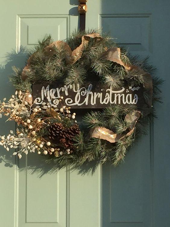 I made a Christmas Wreath!
