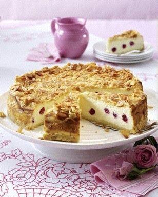 Das Rezept für Johannisbeer-Bienenstich-Käsekuchen mit Streuselboden und weitere kostenlose Rezepte auf LECKER.de