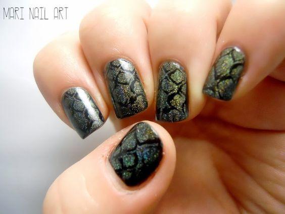 Mari-nail-art: J'ai stampé le Dragon a-england et moyou pro
