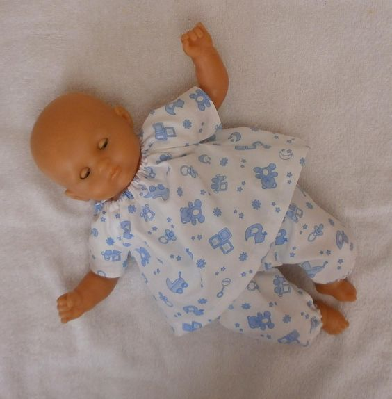 Pyjama blanc à motifs bleus pour poupon de 30 cm - MCL Poupées