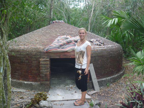 a visit to Petrus' Temascal im Cozumel -introducing Ida to the process