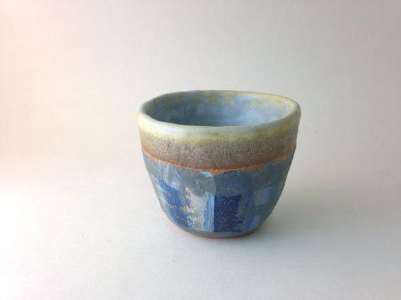 Blaue Fenster - Hand eingeklemmter Keramik Teetasse