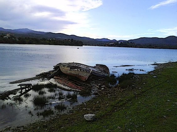 achilleio  Shipwreck