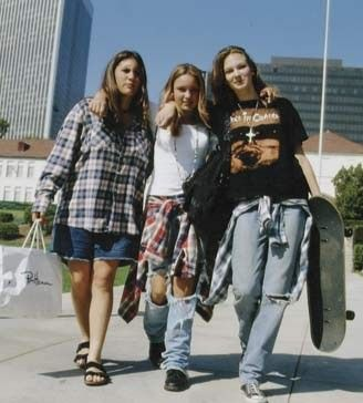 Please help!!! How to begin an essay on how 90's grunge changed the course of rock music?