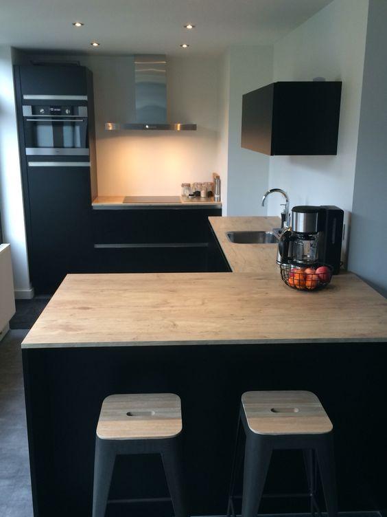 Kleine keuken met bar keuken pinterest met and bar - Kleine keuken ...
