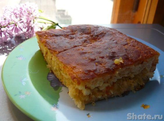 Дрожжевой наливной пирог с капустой----- для теста молоко 1 ст- сахар 2 ст.л- яйцо 1 шт- масло растительное 4 ст.л.- дрожжи сухие 10 г (1 пак)- мука 300-400 г- для начинки: капуста квашеная или свежая 600 г- яйцо 3/4 шт-