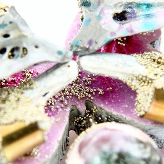 """Viktoria Munzker """"creation Divina"""" Brooch -  Wood, Operculum, brass, silver, agate, granules, lacquer 2017 - DETAIL :"""