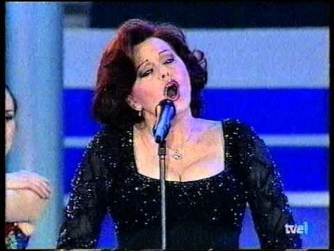 Rocío Dúrcal Cómo Han Pasado Los Años Rocio Dúrcal Cantantes Canciones