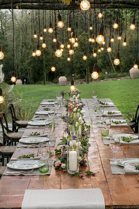 Mise en place per matrimoni. Allestimento tavola per matrimonio in campagna. Preludio Noleggio, attrezzature per catering eventi. Wedding table setting for your country wedding in Italy.