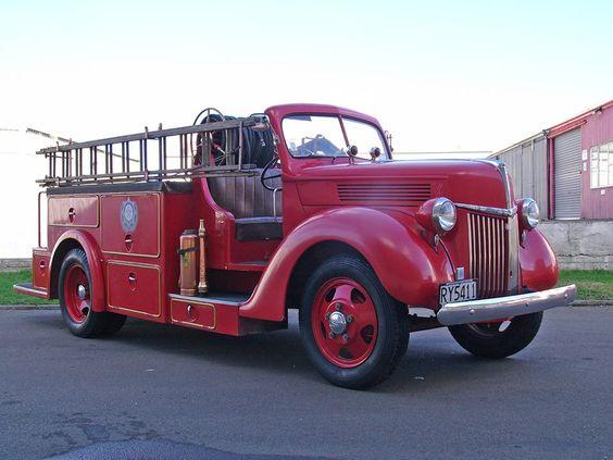 1939 Ford pumper..unusual body style...