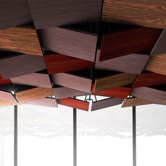 Syst me de plafond suspendu avec plaques en bois plafond bois design ins - Plaque plafond suspendu ...