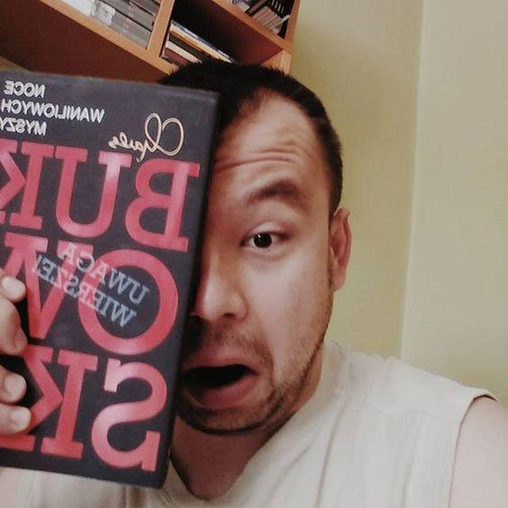 Nie myśl se @rado.domanski że Bukowski pije tylko z Tobą  #bukowski #książka #ksionszka #wiersze #karolaki #selfie #samojebka #vsco #vscocam #nakacu by psychodelikatny
