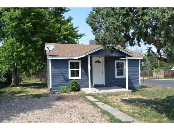 (REColorado) For Sale: 2 bed, 1 bath, 600 sq. ft. house located at 3155 W Walsh Pl, Denver, CO 80219 on sale now for $209,900. MLS# 8570956. Charming bungalow on a corner lot. Open the front door and you are we...