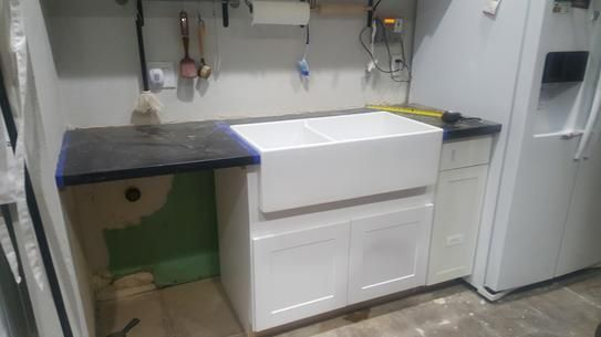 Hampton Bay Shaker Assembled 36x34 5x24 In Farmhouse Apron Front Sink Base Kitchen Cabinet In Satin White Ksbd36 Ssw The Home Depot In 2020 Apron Front Sink Single Bowl Kitchen Sink Sink