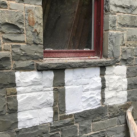 We Always Get Asked If Romabio Classico Limewash Works On Stone Answer Is Yes Brick Stone Or Masonry We Love Stone Exterior Houses Limewash Exterior Stone
