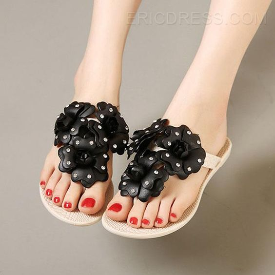 Flower Decorated Clip-toe Flat Sandals Flats Sandals
