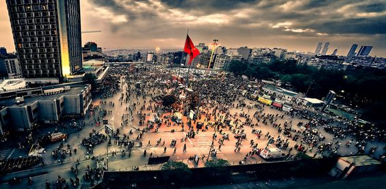 her yer taksim by Alper Doruk on 500px