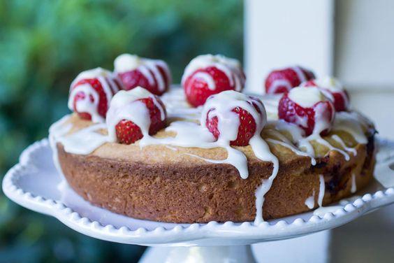 Strawberry Lemon Cheesecake Poundcake | Recipe | Lemon Cheesecake ...