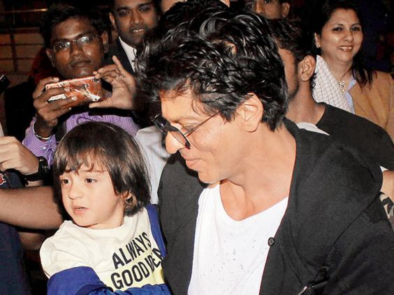 Shah Rukh Khan's youngest kid, AbRam, is already a star. He has managed to impress everyone with his cuteness and here he is doing it once again!