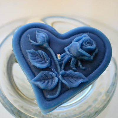 Floating heart candles with roses & leaves for wedding reception centerpiece. Navy Blue set of 12 by GlowliteCandles, $19.00
