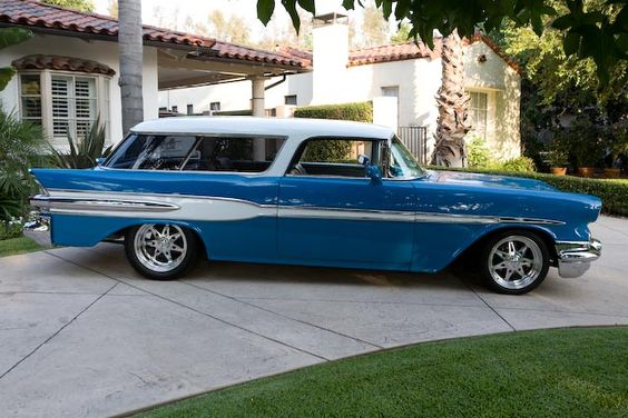 1957 Pontiac Safari - the sister of the Chevy Nomad