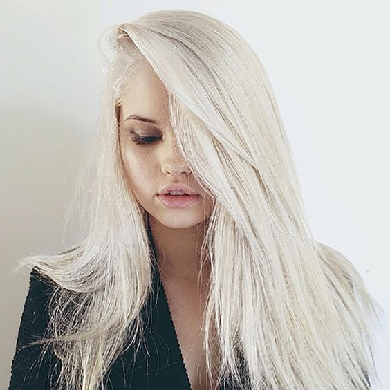 debby-ryan-hair-platinum-blonde-2