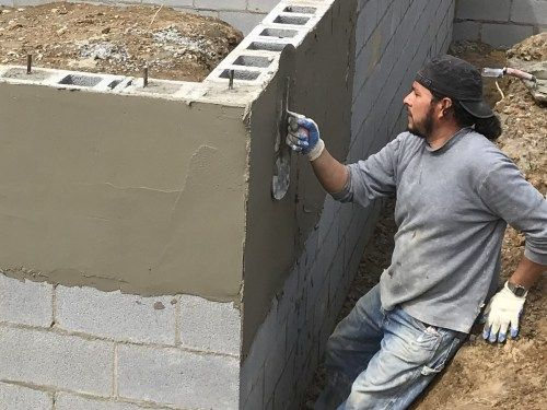 Applying Stucco Block And Stucco Project Small House Stucco Homes Stucco Small House