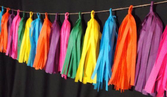 20 Tassel Fiesta Tissue Paper Garland, Cinco de Mayo,  Fiesta Banner, Wedding Streamers, Birthday Decoration, Poms, Mexican Decoraton, Party