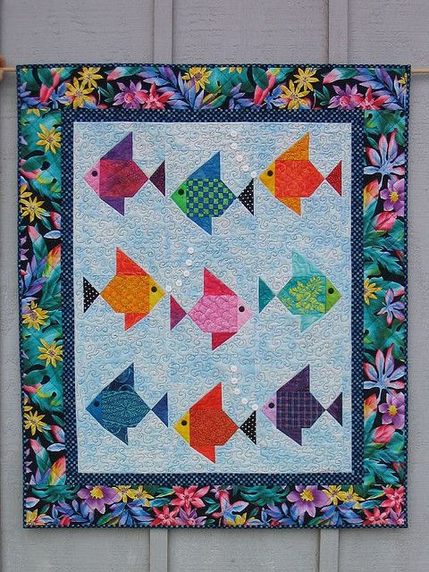 Swimmies! Fish Quilt by Lisa Boyer by dorkyquilts, via Flickr: