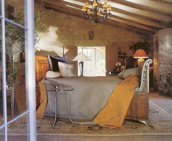 Saladino's bedroom  Style by John Saladino