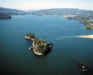 Isla de San Simón - Rías Baixas - Galicia http://blog.nuevovichona.com/isla-de-san-simon/ #vacaciones #turismo www.nuevovichona.com #Sanxenxo #nuevovichona